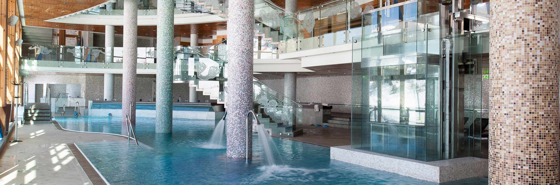 Big spa in the luxury hotel in Soldeu